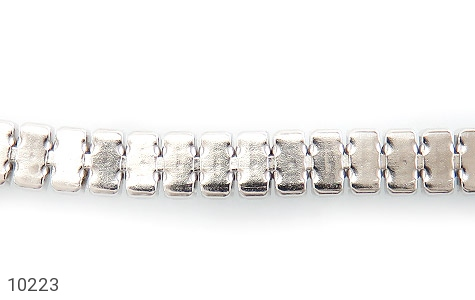 دستبند نقره آب رودیوم طرح کلاسیک زنانه - تصویر 2
