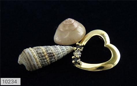 مدال الماس و یاقوت کبود مرغوب طرح قلب زنانه - عکس 3