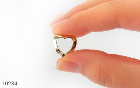 مدال الماس و یاقوت کبود مرغوب طرح قلب زنانه - عکس 5