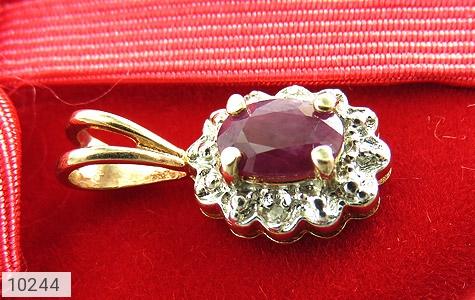 مدال الماس و یاقوت سرخ ارزشمند طرح گل زنانه - تصویر 4
