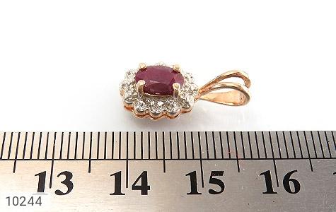 مدال الماس و یاقوت سرخ ارزشمند طرح گل زنانه - عکس 5