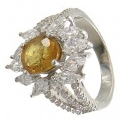 انگشتر یاقوت زرد آفریقایی طرح سلطنتی زنانه