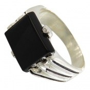 انگشتر عقیق سیاه خوش رنگ صفوی مردانه
