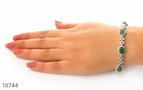 دستبند زمرد طرح اشرافی و درشت زنانه - عکس 5