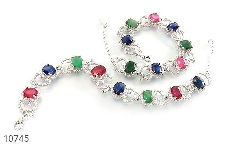 دستبند زمرد و یاقوت طرح دلبرانه درشت و فاخر زنانه - تصویر 2
