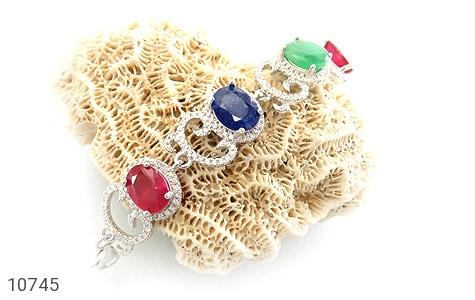 دستبند زمرد و یاقوت طرح دلبرانه درشت و فاخر زنانه - تصویر 4