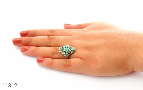 انگشتر زمرد درشت و پرنگین زنانه - عکس 7