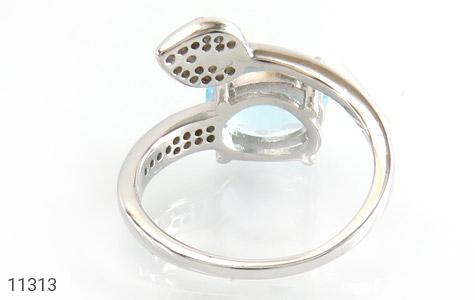 انگشتر توپاز آبی طرح گلبرگ زنانه - تصویر 4