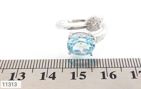 انگشتر توپاز آبی طرح گلبرگ زنانه - تصویر 6