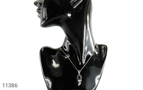 مدال یاقوت کبود پرنگین پاپیونی زنانه - تصویر 6