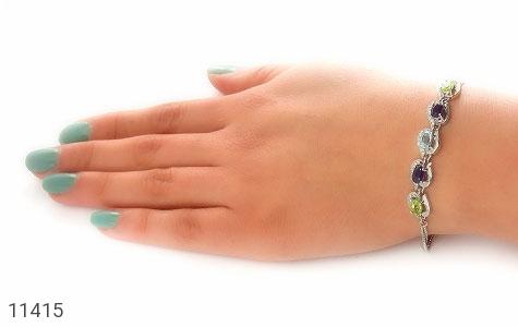 دستبند توپاز و آمتیست و زبرجد ارزشمند طرح ملودی زنانه - عکس 5