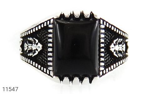 انگشتر عقیق سیاه خوش رنگ مردانه - تصویر 2