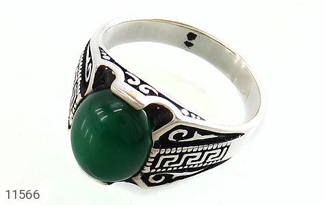 انگشتر عقیق سبز جذاب طرح ورساچه مردانه - عکس 1