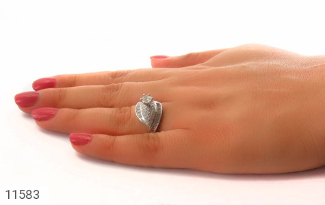 انگشتر نقره سولیتر طرح ساینا زنانه - عکس 7