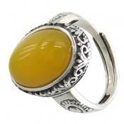 انگشتر عقیق زرد خوش رنگ زنانه