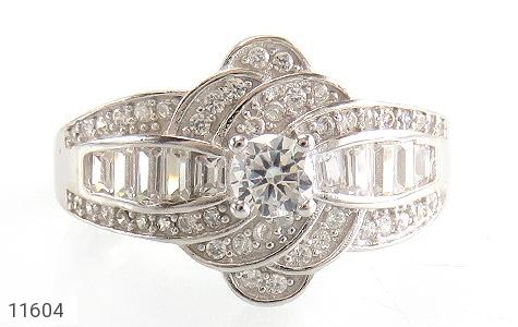 انگشتر نقره سولیتر طرح جواهری زنانه - تصویر 2