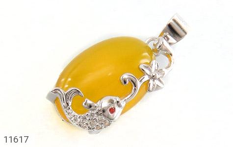 مدال عقیق زرد طرح ماهی ناز زنانه - عکس 1