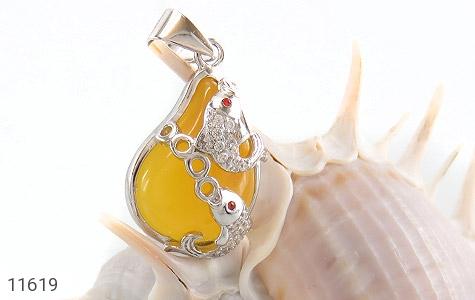 مدال عقیق زرد طرح ماهی زنانه - تصویر 4