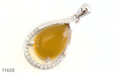 مدال عقیق زرد طرح اشک درشت زنانه - عکس 1