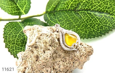 مدال عقیق زرد طرح گوهر زنانه - تصویر 4