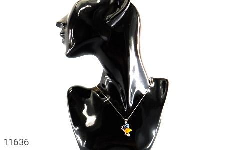 مدال عقیق زرد میناکاری پروانه زیبا زنانه - تصویر 6