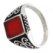 انگشتر عقیق قرمز خوش رنگ و جذاب مردانه