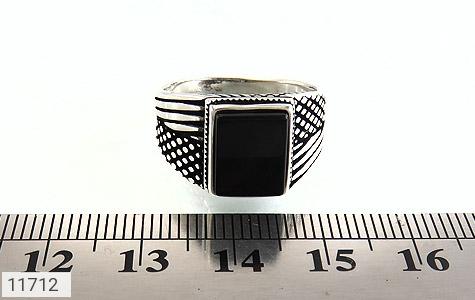 انگشتر عقیق سیاه کلاسیک مردانه - تصویر 6