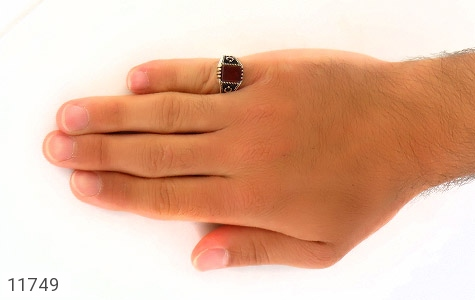 انگشتر عقیق قرمز سیاه قـلم مردانه - عکس 7