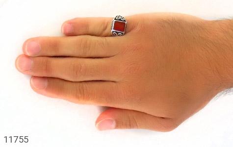 انگشتر عقیق خوش رنگ طرح سیاه قلم مردانه - عکس 7