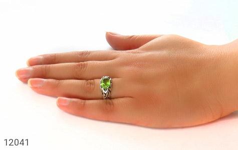 انگشتر زبرجد خوش رنگ درخشان - عکس 7