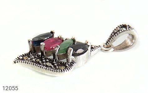 مدال مارکازیت و زمرد و یاقوت خوش رنگ طرح ویشکا زنانه - تصویر 2