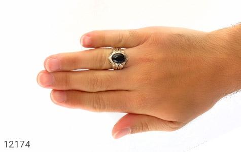 انگشتر عقیق سیاه درشت طرح تابان مردانه - عکس 7