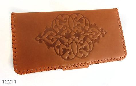 کیف چرم طبیعی طرح دار دکمه ای زنانه - تصویر 4