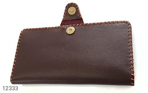 کیف چرم طبیعی تیره دست دوز اسپرت دکمه ای - عکس 3