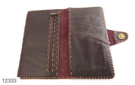 کیف چرم طبیعی تیره دست دوز اسپرت دکمه ای - عکس 5