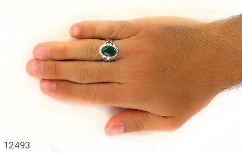 انگشتر عقیق سبز دورچنگ طرح پاشا مردانه - عکس 7