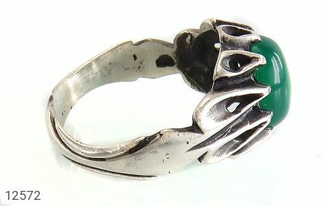 انگشتر عقیق سبز رکاب اشکی مردانه - عکس 3