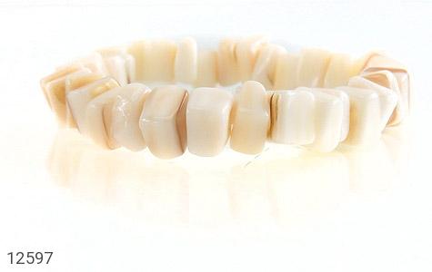 دستبند صدف سفید و خوش تراش زنانه - تصویر 2
