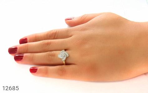 انگشتر نقره جواهرنشان طرح گلاره زنانه - عکس 7