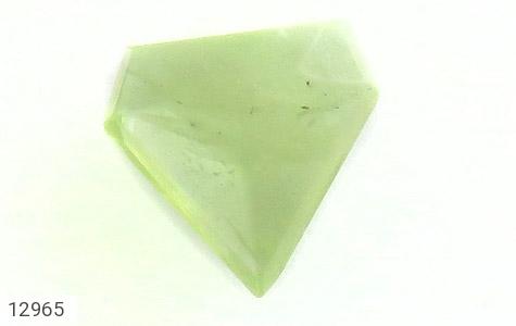 نگین تک زبرجد مثلثی خوش رنگ - تصویر 4