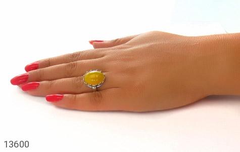 انگشتر عقیق زرد درشت طرح پارمیس زنانه - عکس 7