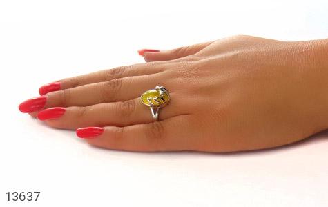 انگشتر عقیق زرد خوش رنگ طرح نازی زنانه - عکس 7