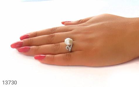 انگشتر مروارید طرح ساغر زنانه - تصویر 6