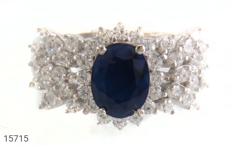 انگشتر یاقوت کبود طرح جواهری زنانه - تصویر 2