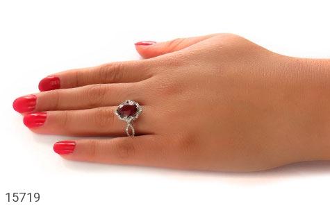 انگشتر یاقوت سرخ طرح گلاره زنانه - عکس 7