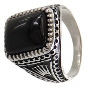 انگشتر عقیق سیاه طرح سلطنتی مردانه