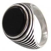 انگشتر عقیق سیاه طرح حلقه ای مردانه