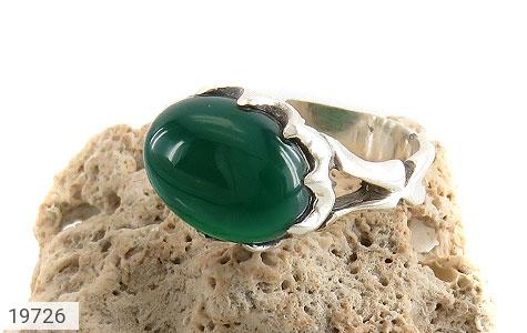 انگشتر عقیق سبز صفوی طرح بهرنگ مردانه - عکس 5