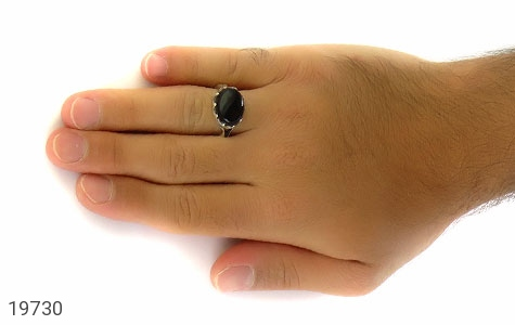 انگشتر عقیق سیاه صفوی طرح بهرنگ مردانه - عکس 7