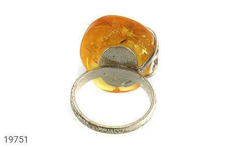 انگشتر کهربا حشره ای بولونی لهستان شفاف درشت زنانه - تصویر 4